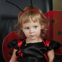 Платье красное мое с черными горошками :: Виолетта