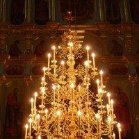 паникадило   Воскресенского  собора :: Galina Leskova