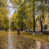 Осень в городе :: Валентин Котляров
