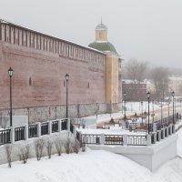 Смоленск. Набережная Днепра, туман и Пятницкая башня :: Алексей Шаповалов Стерх
