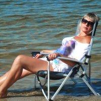 я на пляже :: Элла Перелыгина