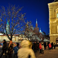 Сквозь новогодний город :: Ирина Данилова