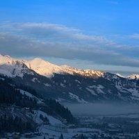 Рассвет в горах :: Андрей Жуков