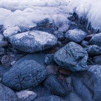 лед и камень. телецкое озеро, республика алтай :: роман фарберов