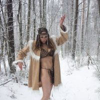 Танец чукотской девушки. :: Александр Лейкум