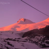 Эльбрус на закате :: Андрей Ванин