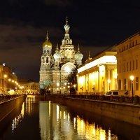 Свет над городом :: Владимир Гилясев