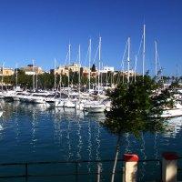Рождественские сказки. Мальта. Летим вдоль Гавани Великой!... :: Леонид Нестерюк