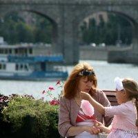 лакомство для дочери :: Олег Лукьянов