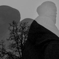 Памятник К.Марксу :: Анастасия Смирнова