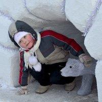 Мальчик с медвежонком :: Юрий Анипов