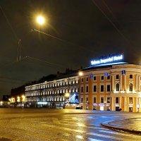 Жёлтые фонарики на Зелёном мосту. :: Владимир Гилясев