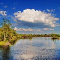 Голубая  река,  голубое  небо. :: Валера39 Василевский.