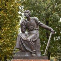 Смоленск. Памятник зодчему Фёдору Коню :: Алексей Шаповалов Стерх