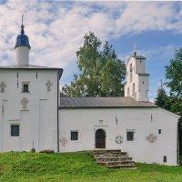 Никольский храм. 16 век. :: Юрий Шувалов