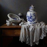 Натюрморт с итальянской вазой :: Татьяна Карачкова