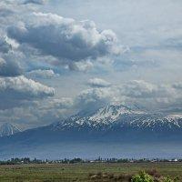 Великая гора... :: M Marikfoto