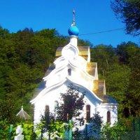 Храм в окрестностях Адлера :: Владимир Ростовский