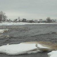 пороги зимой..река Луга :: Михаил Жуковский