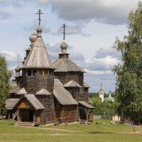 Деревянная церковь :: Сергей Бесов