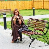 На скамеечке :: Damir Si