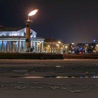 71 год снятия Блокады Ленинграда, Ростральные колонны :: Вадим Мирзиянов