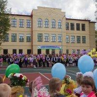Открытие школы. :: Наталья Ломоносова