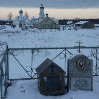 Место захоронения преподобного Корнилия :: Елена Павлова (Смолова)