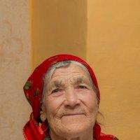 Бабушка :: Сергей Коротаев