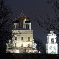 Вид на Троицкий собор Псковского Кремля. :: Fededuard Винтанюк