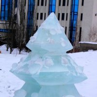 Ледяная ёлочка :: Людмила