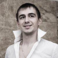 **** :: Александр Лейкум