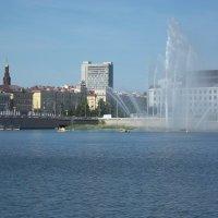 Казань - вид с озера Кабан :: Владимир Ростовский