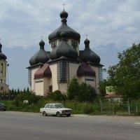 Греко - католический  храм  в  Бурштыне :: Андрей  Васильевич Коляскин