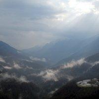 Поздняя осень в горах :: Татьяна Лютаева
