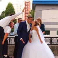 Достали ! Я ж женюсь !!! :: Мила Бовкун