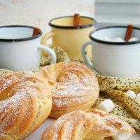 Заварные кольца. Рецепт можно посмотреть в моей кулинарной группе http://vk.com/public85432007 :: Наталья Майорова