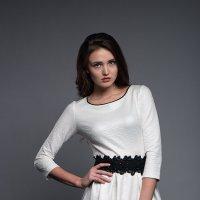 Белое платье :: Анатолий Тимофеев