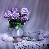 Так нежны сиреневые розы... :: Валентина Колова