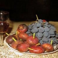 Вкусное угощение :: Наталья Джикидзе (Берёзина)