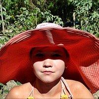 В маминой шляпе :: Нина Корешкова