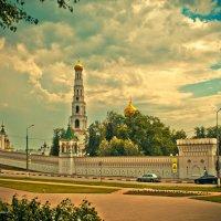 Николо-Угрешский Монастырь :: Анатолий Чернышев