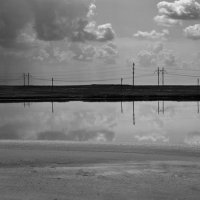 Дождь над озером :: Андрий Майковский