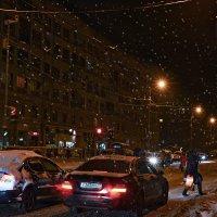 Снег идёт благословеньем белой праведной зимы :: Ирина Данилова