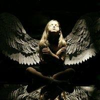 Ангелы среди нас :: Анна Искандарова