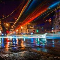 Один из самых простых способов любить город, в котором живёшь, – время от времени смотреть на него г :: Алексей Латыш