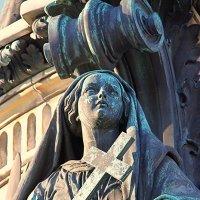 Памятник :: Ирина Фирсова