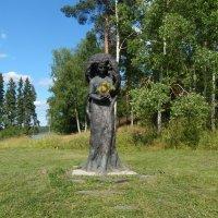памятник деревьям :: Валентина Папилова