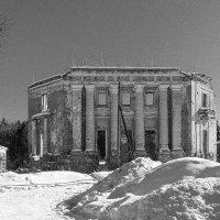 благородные руины :: Galina