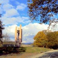 Дагомыс. Памятник :: Tata Wolf